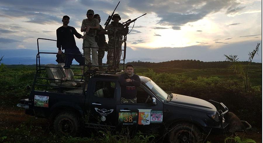 Para kru kami yang selalu setia mendampingi aktivits perburuan Puma Group.